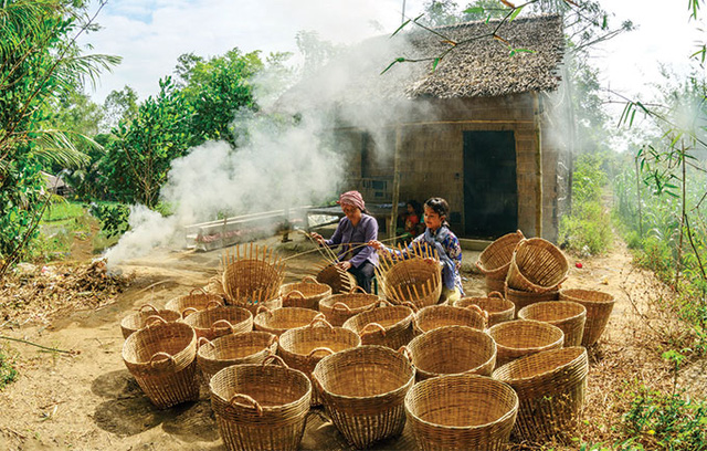 Basket weaving is a daily occupation for many Khmer people and they do it beautifully