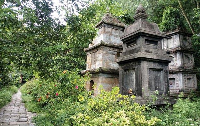 Treasures of VietnameseBuddhism