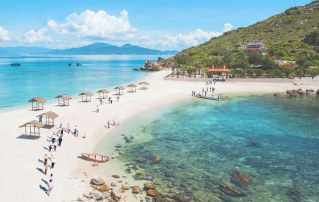 Khanh Hoa Salanganes' Nest Company a winner at The Guide Awards yet again