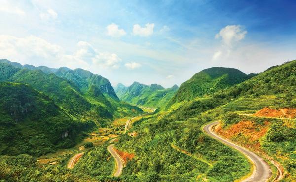 Roads of Ha Giang
