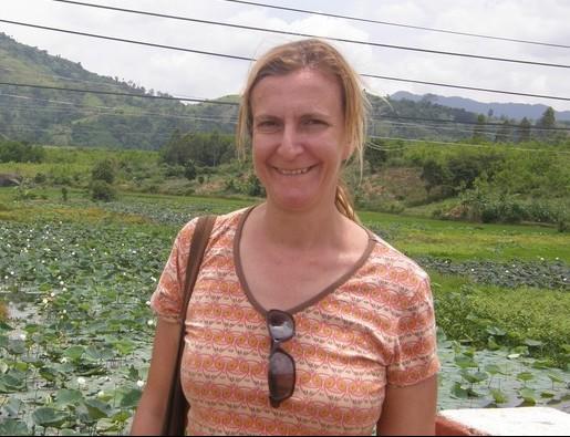 Ms Julia Stanton