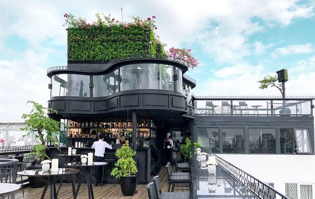 Hanoi 360-degree panoramic view Bar to be opened