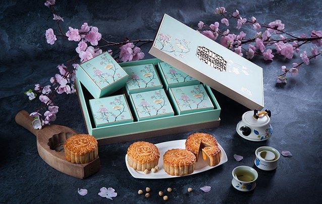 Hanoi Hotel introduces mooncakes for Mid-Autumn Festival 2019